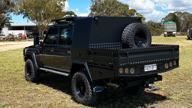 Awesome result of Chassis Mount Canopy and Tool boxes coated with Shingleback Coating system. Colour - Gurhka strike sand. How tough does this look!