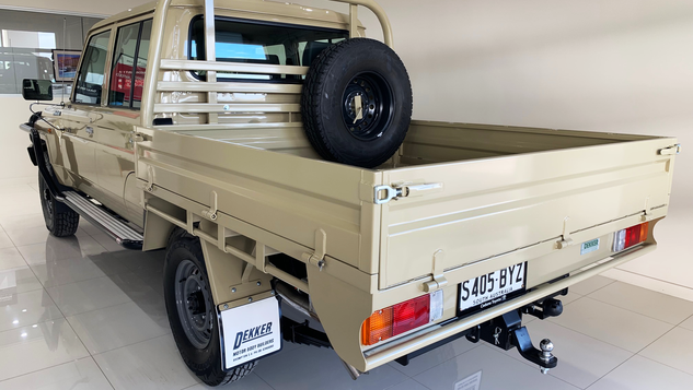 Take a look at the top coated 79 Toyota Land Cruiser Ute Tray (colour - Sandy Taupe) with a premium #Shinglebackcoatingsystem for Australian 🇦🇺conditions 👍.