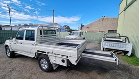 Clean looking Toyota Landruicer Ute Tray and Tool Boxes finished off in #Shinglebackcoatingsystem 058 White 🔥.