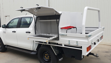Shingleback Top Coated  Heavy-duty Steel Tray  Aluminium Toolboxes inside & out  Steel tier draw units