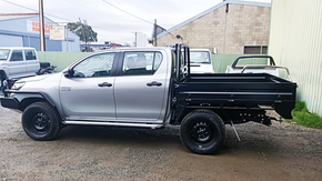 Hilux Dual Cab Tray Top Coated with Super Tough and Scratch resistant #Shinglebackcoatingsystem👊. Colour - Satin Black.