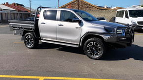 Toyota Hilux Tray, Bull Bar, Scrub Bars, Side steps top coated with Shingleback Coating system . ✅ Coating Colour - Gunbarrel Shadow.