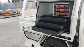 Shingleback Top Coated  Heavy-duty Steel Tray  Aluminium Toolboxes inside & out  Steel tier draw units