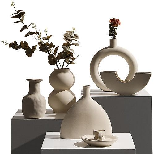 Jeremiah Vase Series