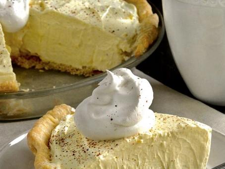 Easy No Bake Eggnog Pie
