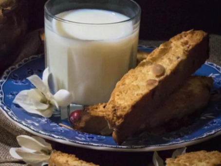 Biscotti is the plural form of biscotto...