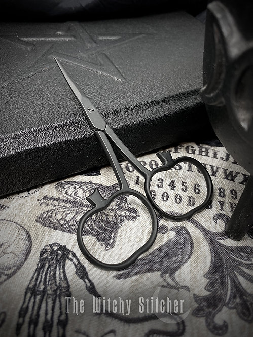 Pumpkin Primitive Halloween Embroidery Scissors