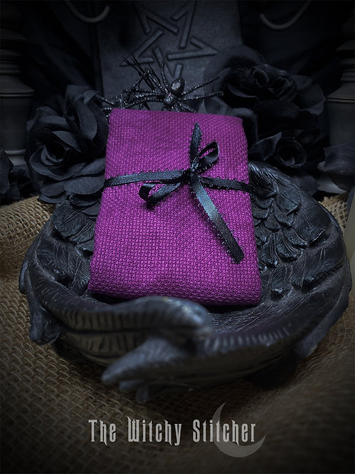 Huntress 14 ct Aida - Hand Dyed Fabric
