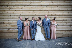 How gorgeous are Amanda and Richard and