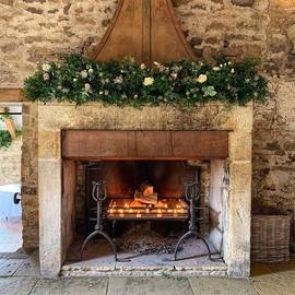 That fireplace 😍__Catherine and Harry's