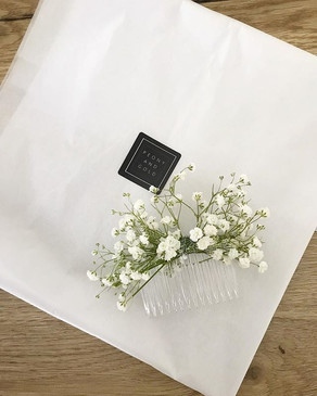 Gypsophila comb to add a touch of pretty