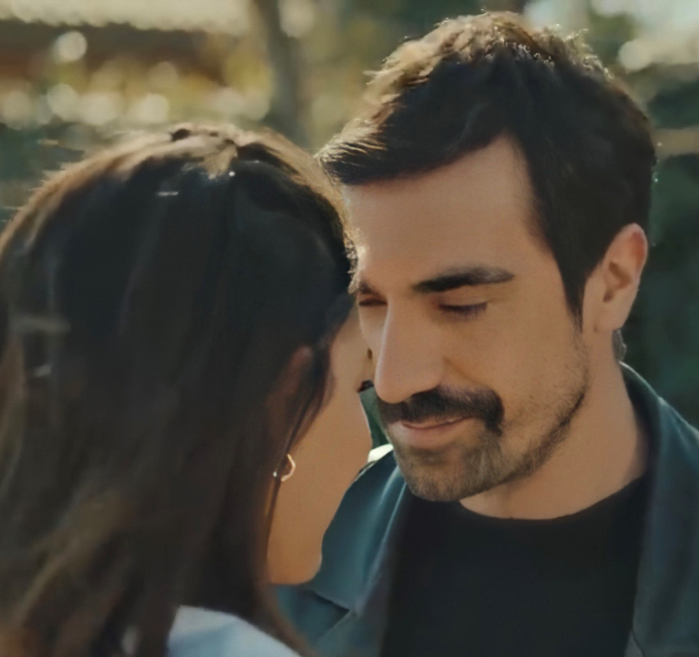 Mehdi and Zeynep finally embrace their destiny together because of their love for each other
