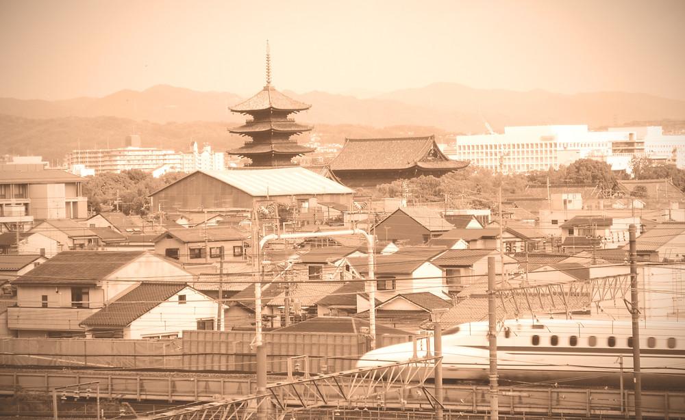 Kyoto landscape, panorama Kioto, Shinkansen, panorama miasta w Japonii, stara świątynia