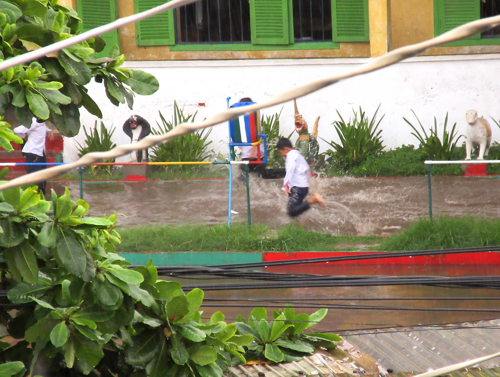 deszcz, Phnom Penh, ulewa, burza, Kambodża, podróże