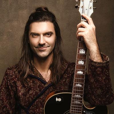 Daniel Bellone1x guitar.jpg