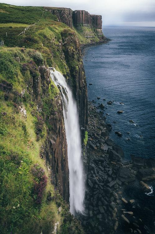 Kilt Rock Waterfall - Scotland