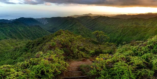 Hawaii - Wiliwilinui Ridge