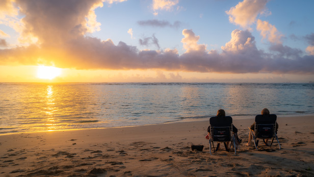 Hawaii - Couple Sunrise