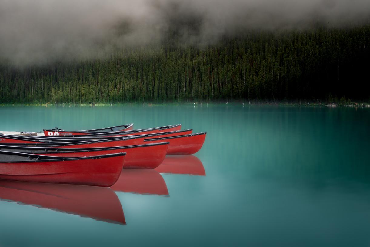 Canada - Lake Louise Canoes (Dark)