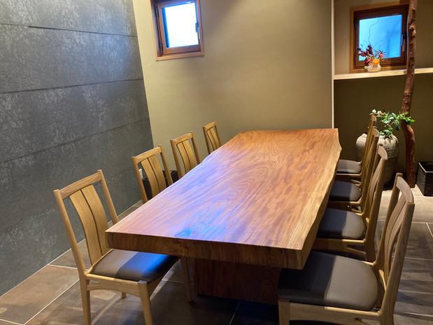 個室椅子3.jpeg
