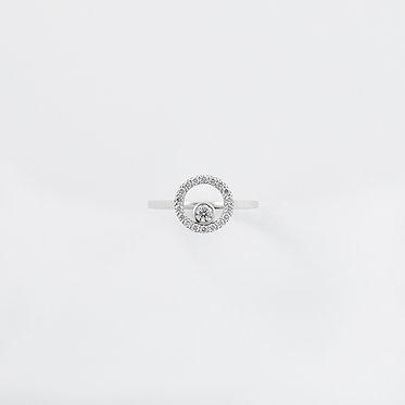 Round in Circle Ring