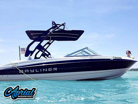BAYLINER 215 BOWRIDER W WAKEBOARD TOWER