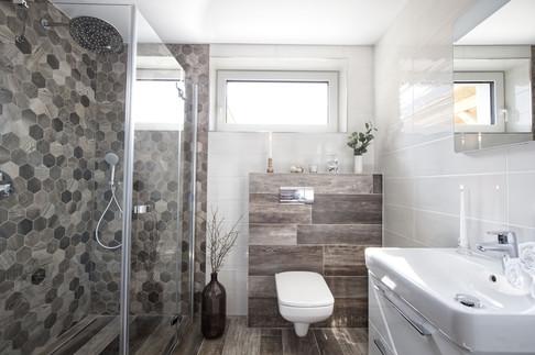 Koupelna přízemí.jpg