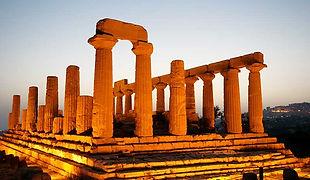 Agrigento_Tempio-Hera_night-copy.JPG
