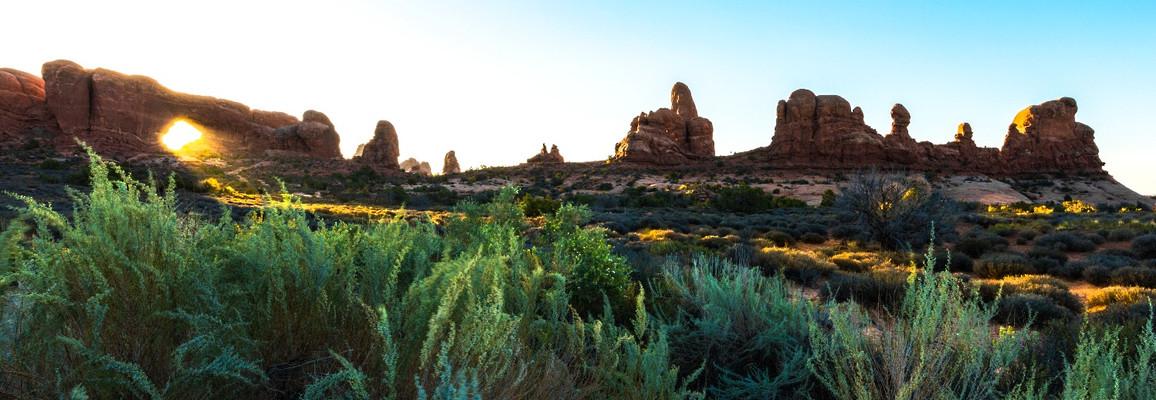 Window Arch Sunrise Arches National Park