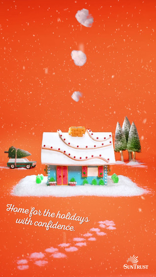 HolidayVibes_GingerbreadHouse_03_CC_9x16