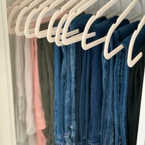 Skinny Hangers + Skinny Jeans