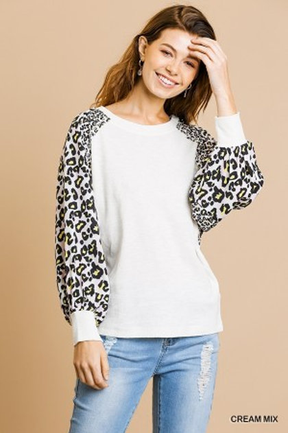 Umgee Plus Animal Print Long Sleeve Knit Round Neck Top