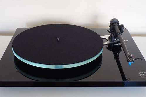 Rega Planar 3 Turntable w/ ELYS2 Cartridge - Gloss Black