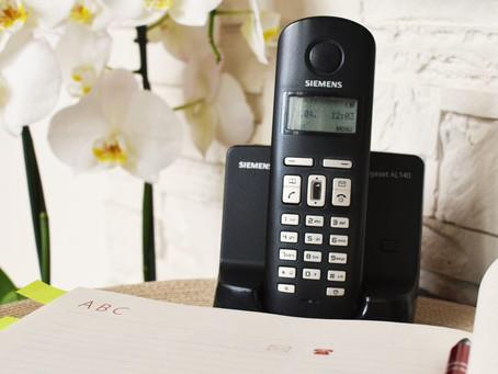 5 reasons to keep your landline phone