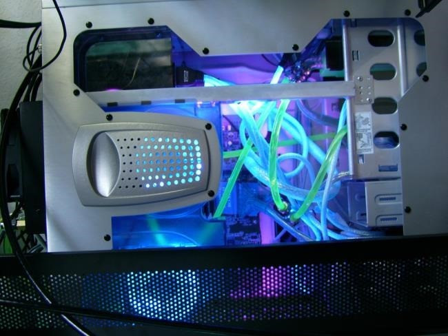 water-cooled-computer