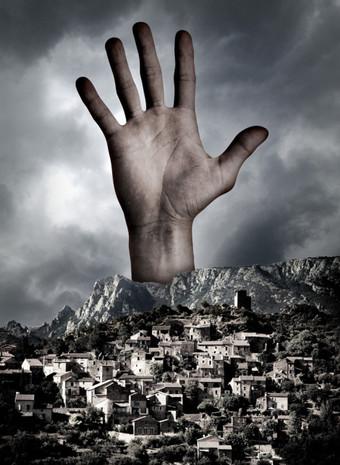 קפיטליזם, דיאלקטיקה והכאוס בבלפור