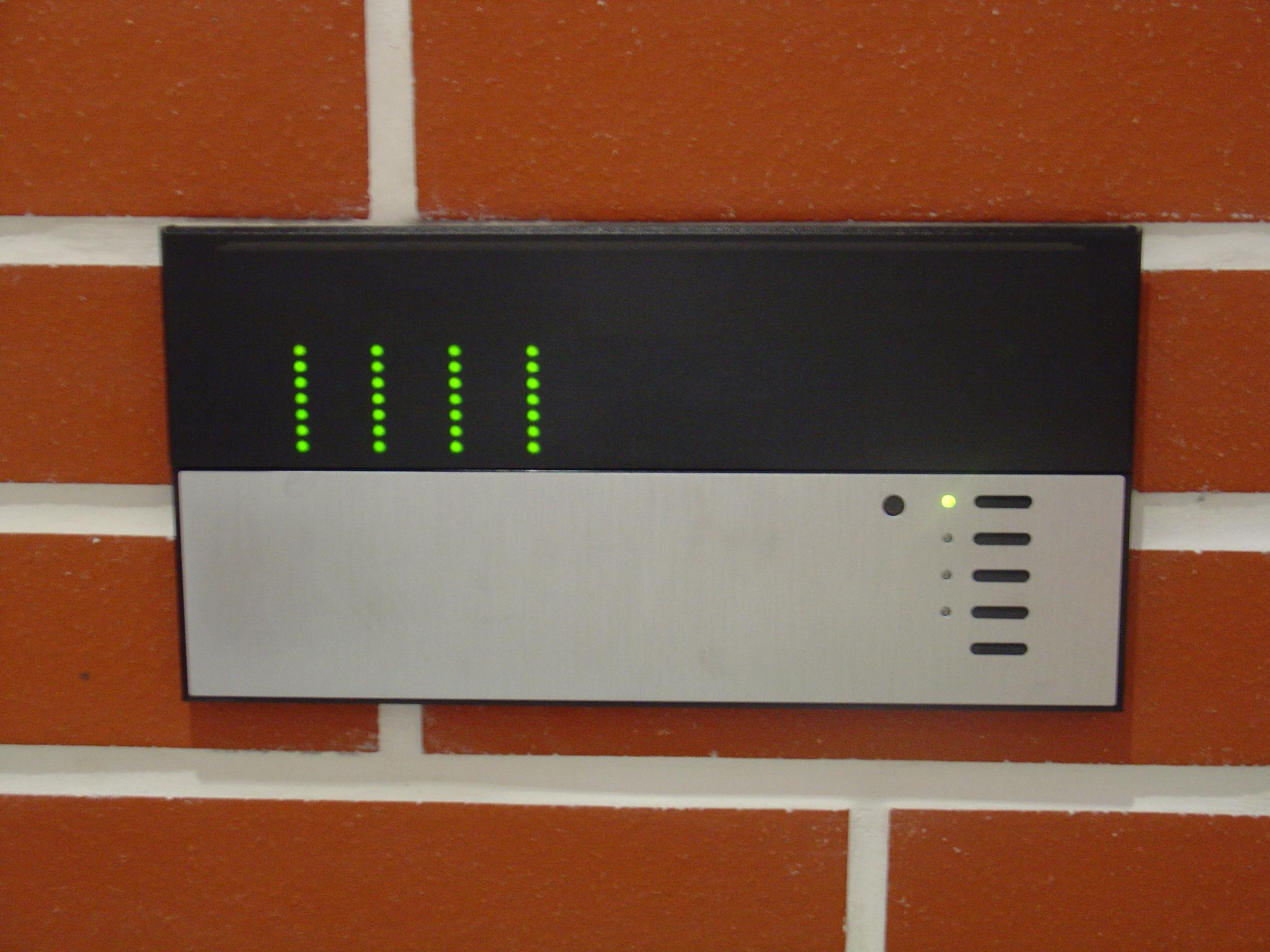 Commande de contrôle d'éclairage Lutron
