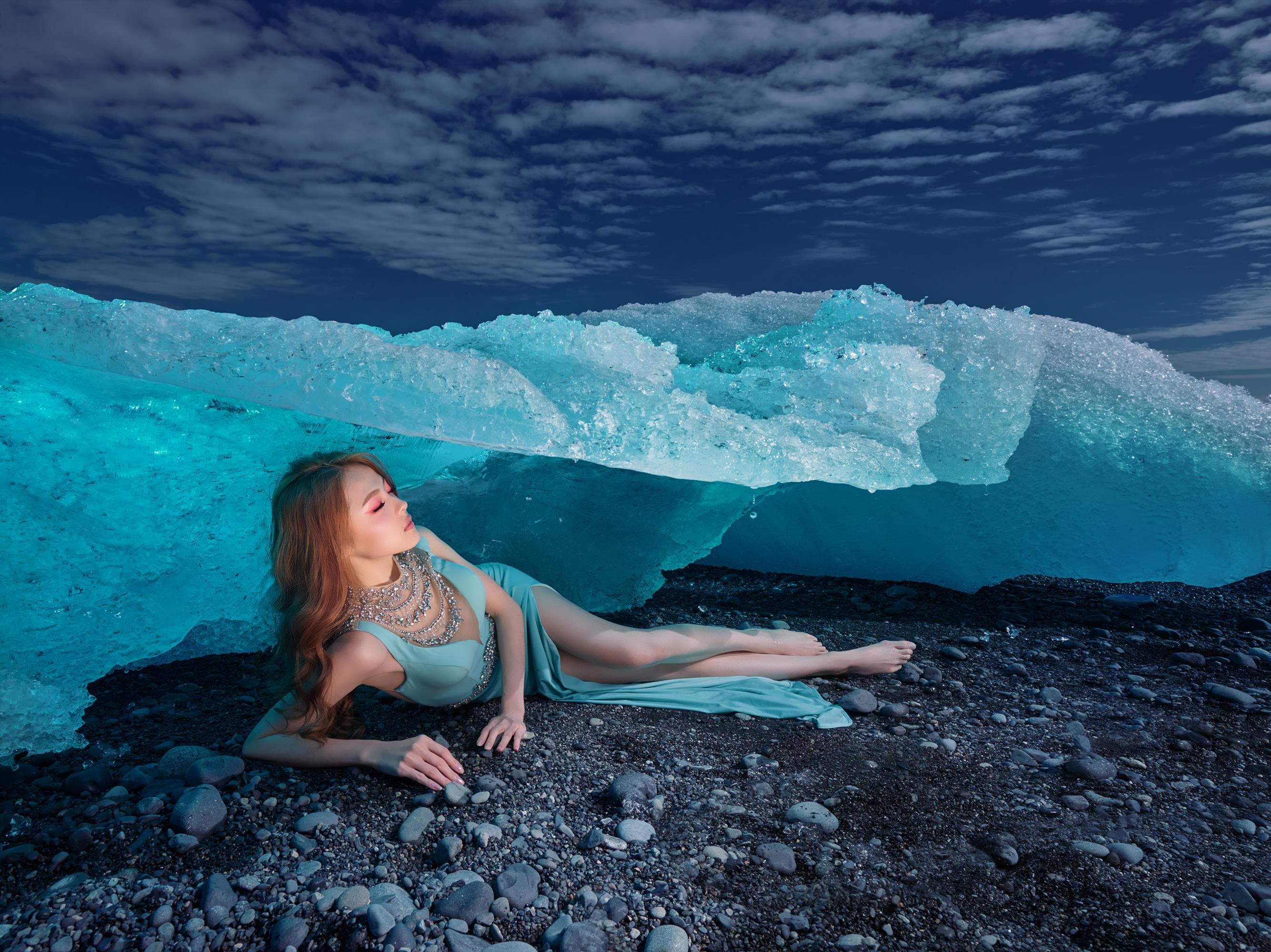 profoto-blog-muse-chan-improvisation-in-iceland-with-the-help-of-profoto-b1-2a-600x450