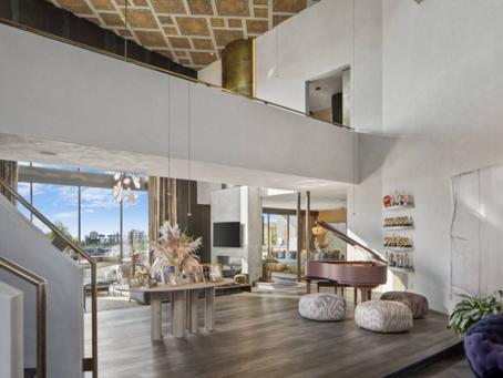 John Legend en Chrissy Teigen hebben te veel huizen in Beverly Hills