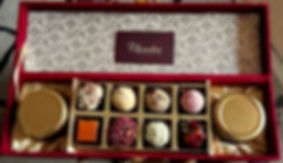 chocolate Wedding gift box.jpg