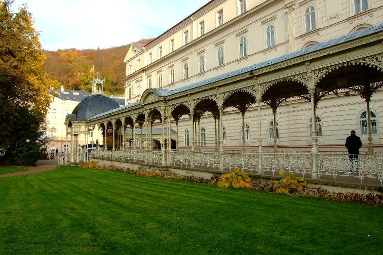 Карловы Вары - знаменитый чешский курорт