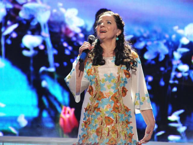 """Ніна Матвієнко з концертною програмою """"Квітка-Душа"""" в Чехії!"""