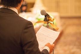 結婚式二次会の幹事代行|司会者