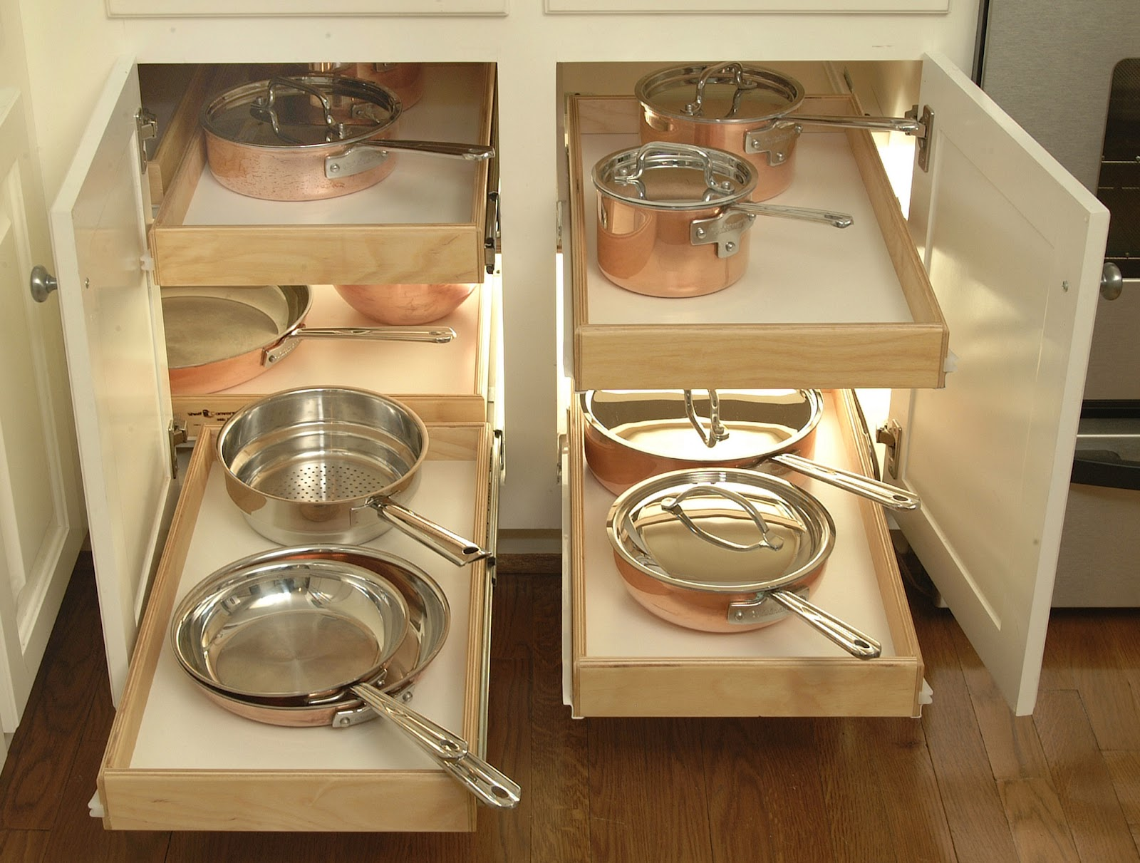 diy-pull-out-pots-and-pants-storage-for-kitchen-cabinet-ideas-jpg-furniture_diy-storage-closet-ideas