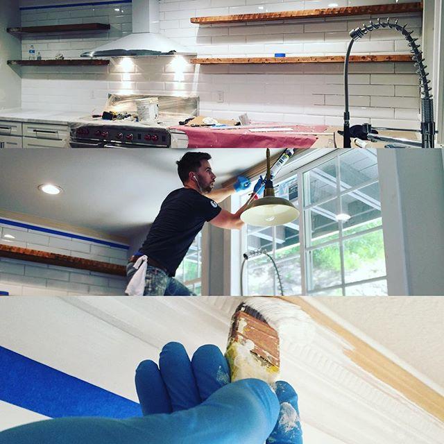 Wrapping up the kitchen!!!! _michaeljdionne _thedionnetwins _hgtv #hgtv #weekendwarrior #design
