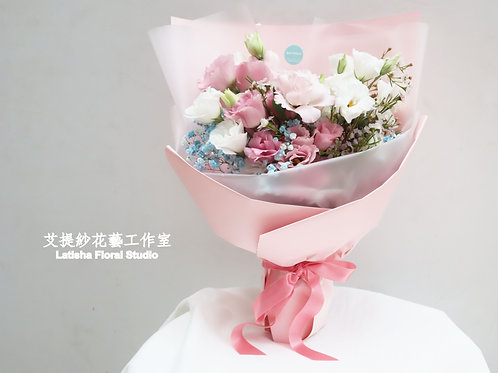 Mixed four kinds of flowers bouquet