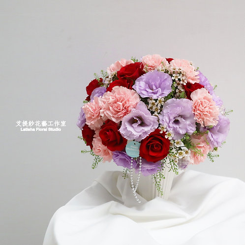 Mixed flowers of vase