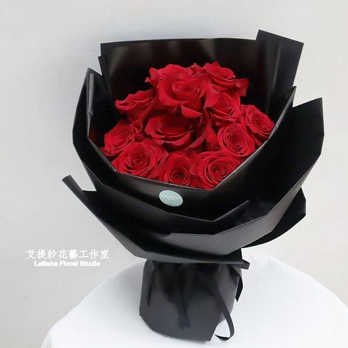 12朵進口紅玫瑰花束-心心相印