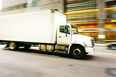 delivery-truck-runs-on-food-waste.jpg