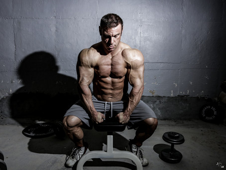 Photo Shoot: Bodybuilder Adam Strachman